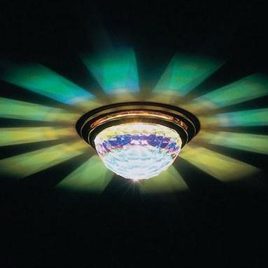 Потолочный светильник в классическом стиле, встраиваемый в гипрок, рассеиватель из стекла Swarovski