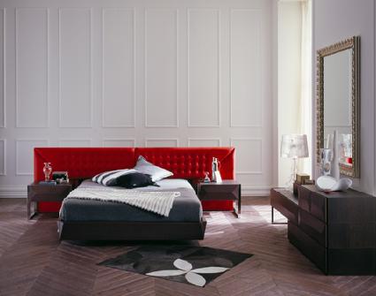 черная с красным спальня