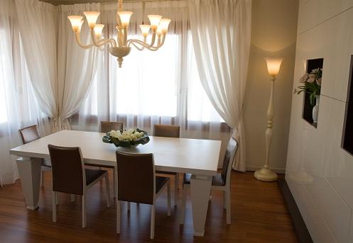 итальянские обеденные столы белые