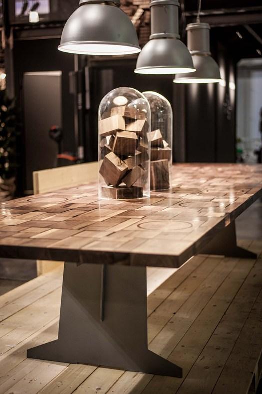 мебель из массива винтажного дерева